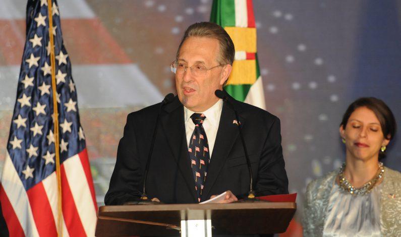 Dejará cargo embajador de EU en México