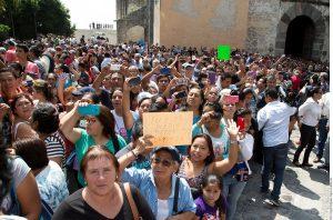 La gente no se cansa de rendir homenaje a Joan Sebastian. Foto: Notimex