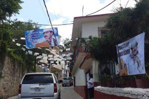 Las calles de Juliantla esperaron todo el día la llegada de su hijo predilecto. Foto: Notimex
