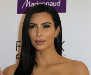 Kardashian charló en el Commonwealth Club of California, un importante foto sobre temas sociales de Estados Unidos. Foto: AP