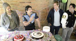 La producción de La Vecina, festejó el cumpleaños de Arturo Carmona. Foto: Cortesía de Televisa