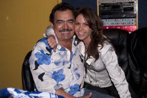 Lucero y Joan unieron su talento en 2010, grabaron el tema de la telenovela Soy tu Dueña. Foto: Cortesía de Televisa