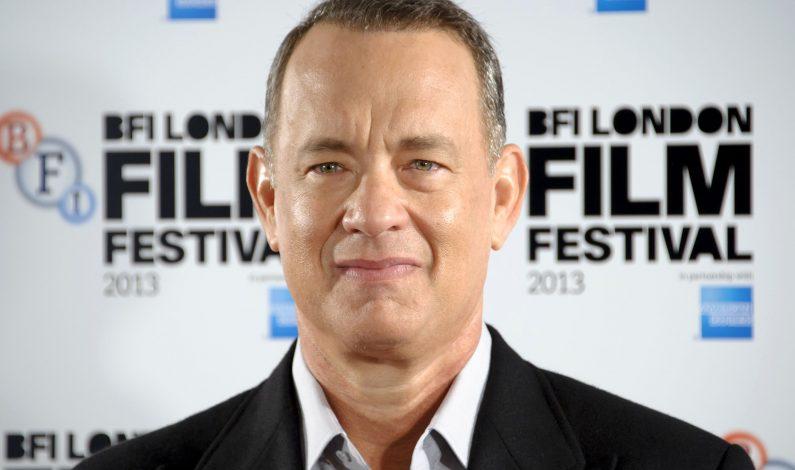 Tom Hanks festejará sus 59 años con dos cintas