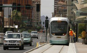 Con 4.4 millones de personas en Metro Phoenix, el área constituye la décimo tercera zona metropolitana más poblada del país. Foto: AP