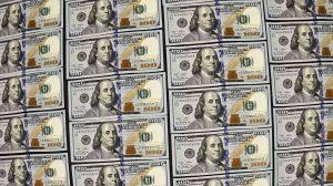 El precio del dólar aumenta cada día más. Foto: AP