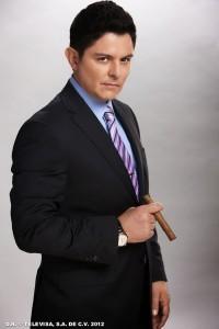 Ernesto suma 32 años de carrera. Foto: Cortesía de Televisa