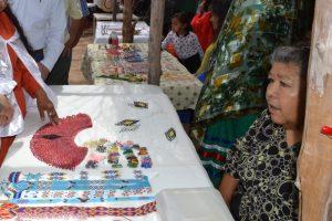 Los pueblos también realizan actividades para incorporarse a la sociedad contemporánea. Foto: Notimex