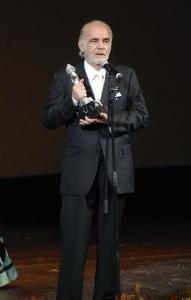 El actor de 75 años confesó que no tiene síntomas de dolor, sólo se siente un poco cansado. Foto: Notimex