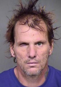 Wakefield mató y decapitó a su esposa de 49 años de edad, Trina Heisch, y sus dos perros, antes de lastimarse a si mismo. Foto: AP
