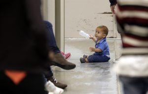 Los menores detenidos son en su mayoría originarios de México, El Salvador, Honduras y Guatemala. Foto: AP