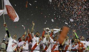 Después de 19 años el River Plate volvió a coronarse en la Copa Libertadores. Foto: AP