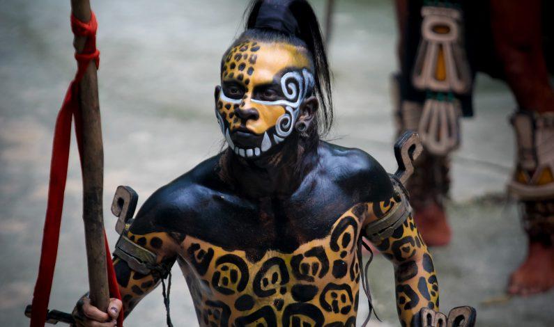 Espectáculo de tradiciones mexicanas en Xcaret cumple 20 años