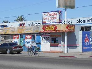 En la frontera norte de México la economía está dolarizada, por lo que los cambios en la cotización de ese billete frente al peso ocasionan diversas situaciones y consideraciones para los pobladores. Foto: Notimex