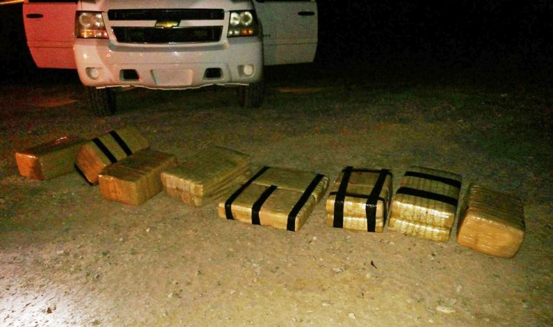 Acusan a tres hombres en robo de drogas en Arizona