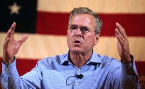 Bush presentó un esbozo de su propuesta el lunes por la mañana antes de viajar a New Hampshire. Foto: AP