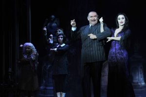 Jesús Ochoa y Susana Zabaleta  protagonizaron el musical Los Locos Adams. Foto: Mixed Voces