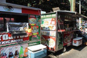 """Conocidos localmente como """"taco trucks"""", los remolques y camiones que venden antojitos mexicanos se multiplican en las calles de Nueva York. Foto: Notimex"""