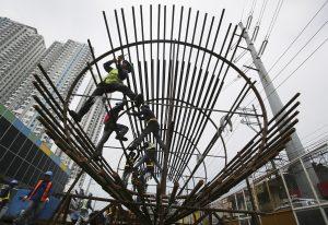 Los accidentes entre trabajadores mexicanos predominan tanto en el sector agrícola como en la construcción. Foto: AP