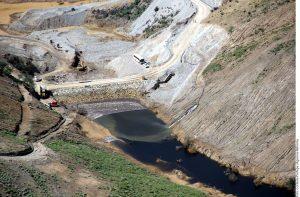 A un año del derrame de 40 mil metros cúbicos de sulfato de cobre, 7 mil 874 metros cúbicos de suelos contaminados han sido removidos en los ríos Sonora y Bacanuchi, informó la Procuraduría Federal de Protección al Ambiente (Profepa). Foto: Agencia Reforma