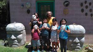 Los talleres impartidos por el artista arizonense estimulan la creación a través del teatro. Foto: Tomada de Facebook de Zarco Guerrero