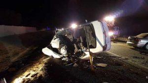 Cuatro personas murieron en el lugar del accidente y uno más falleció poco después de ser trasladado a un hospital. Foto: Oficina del sheriff del Condado Maricopa