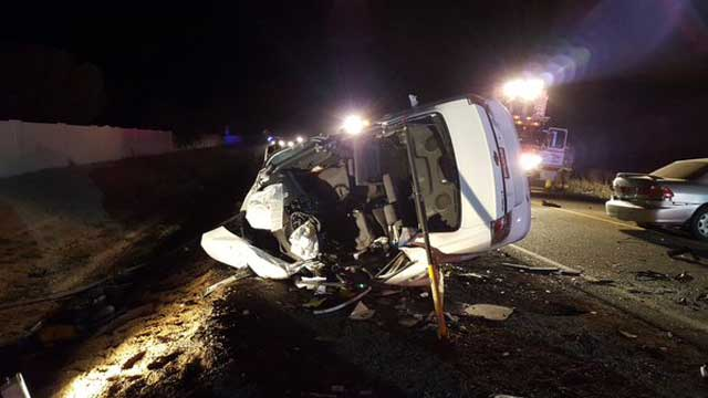 Mueren cinco personas durante choque de automóviles en Chandler