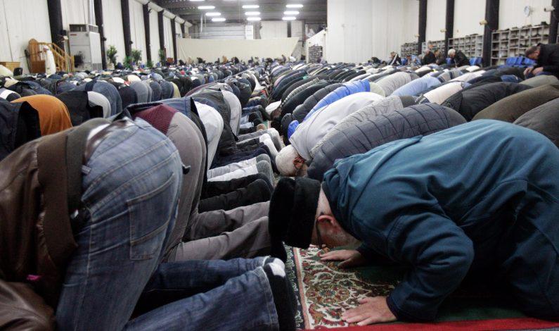 Ataques contra musulmanes y mezquitas aumentan en el país