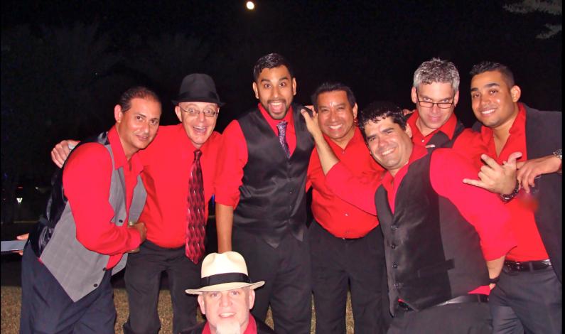 Carlos Rivas celebrará sus 33 años en la salsa