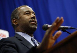 Ben Carson dijo que permitiría que las personas que están en el país de manera ilegal se queden como trabajadores huéspedes. Foto: AP