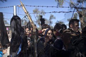 En Estados Unidos, algunos republicanos se resisten a la agresiva oposición en su partido a permitir que los refugiados sirios sean admitidos en Estados Unidos. Foto: AP