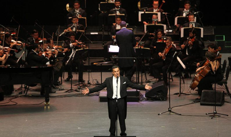 """Fernando de la Mora ofrece """"Música para los Migrantes"""""""