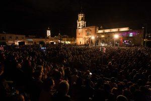 Susana Zabalet-inundó con su canto la Plaza Valladolid de Morelia. Foto: Cortesía