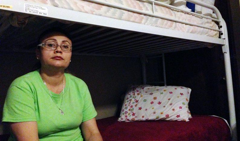 Arizona: Inmigrante deja iglesia donde se refugió 15 meses