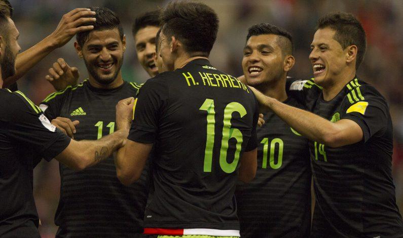 México logra primer triunfo rumbo a Rusia 2018 al vencer a El Salvador