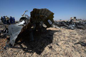 El Airbus A321 de la compañía aérea MetroJet (Kogalymavia), que volaba del balneario de Sharm el Sheikh a San Petersburgo, se estrelló en la península del Sinaí. Foto: AP