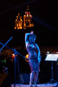 No hay límite para la entrega de Susana Zabaleta en el escenario. Foto: Cortesía