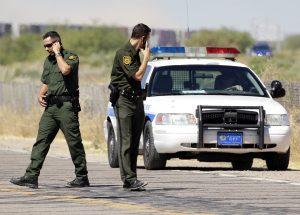 El nuevo grupo está diseñado para colaborar con agencias locales, estatales y federales para frenar los delitos relacionados a la frontera. Foto: AP