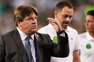 """El """"Piojo"""" Herrera fue despedido del """"Tri"""" luego de ganar la Copa de Oro por agredir a un periodista. Foto: Notimex"""