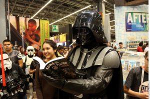En la FIL es posible encontrar libros alusivos a la saga Star Wars, la cual estrenará el 17 de diciembre su Episodio VII - El Despertar de la Fuerza. Foto: AR