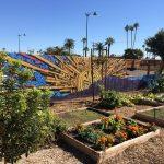 635515620333770128-garden-mural