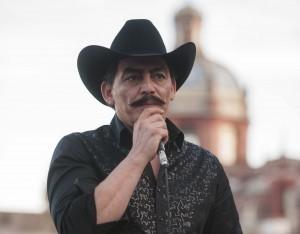 José Manuel Figueroa sorprendió por el gran parecido que tiene con su padre. Foto: Cortesía de Televisa