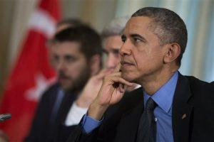 Barack Obama  ha insistido en la necesidad de regular la portación de armas en el país ante los lamentables incidentes de violencia en Estados Unidos. Foto: AP