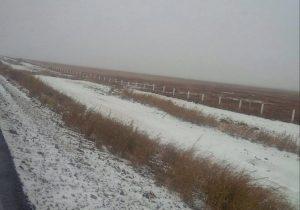La circulación vía terrestrefue suspendida en varias ocasiones en Sonora debido a las recientes nevadas. Foto: Archivo