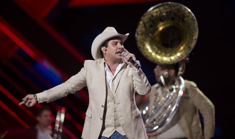 Julión Álvarez cierra el 2015 en la cima del éxito
