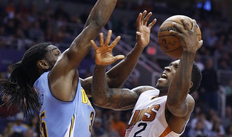 Foye anota 31 puntos; Nuggets se recupera y vence a los Suns