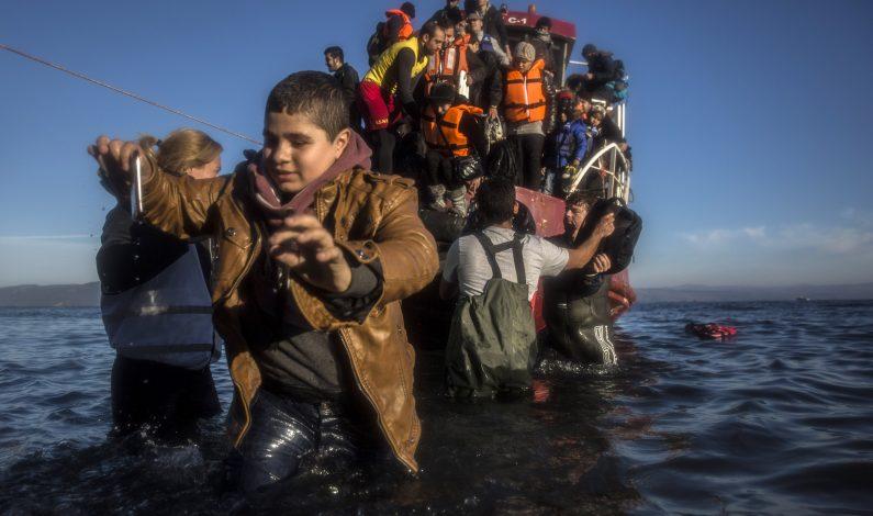 Rescatan a siete mil 500 migrantes en Canal de Sicilia en una semana