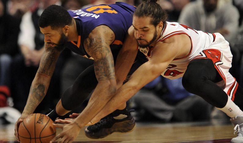 Teletovic y Knight lideran remontada de Suns ante Bulls