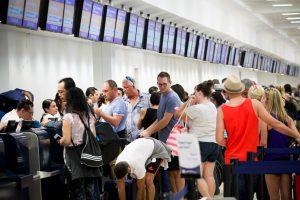 El secretario de Seguridad Interna (DHS), Jeh Johnson, dijo a legisladores que el reforzamiento de las medidas de seguridad en los aeropuertos ocurrió desde los ataques en el aeropuerto de Bruselas, Bélgica, el pasado 22 de marzo.Foto: Notimex