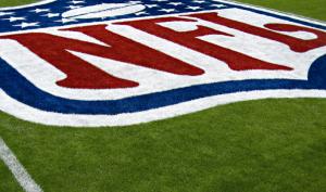 la Liga como el sindicato de jugadores designarán un representante para supervisar la implementación del protocolo durante los encuentros y para investigar violaciones potenciales.