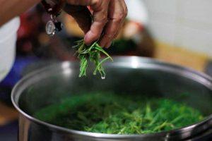 La higiene es uno de los factores de mayor importancia para preparar la cena de Navidad. Foto: Notimex